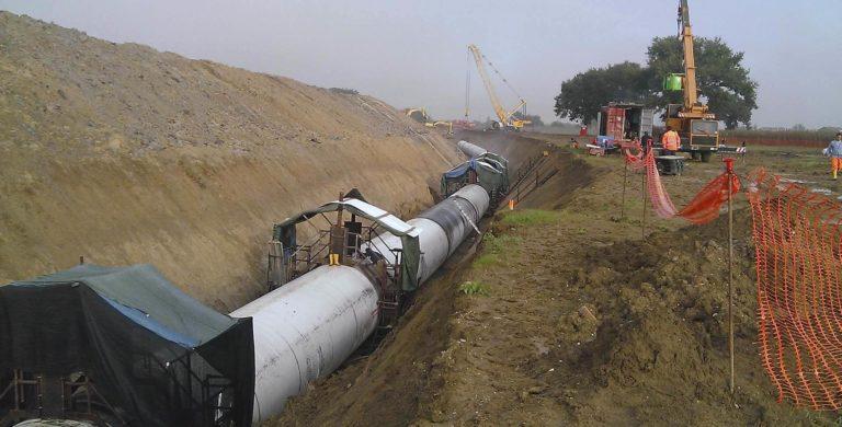 Opere di adduzione primaria dal serbatoio sul fiume Chiascio per una lunghezza di circa 10 km