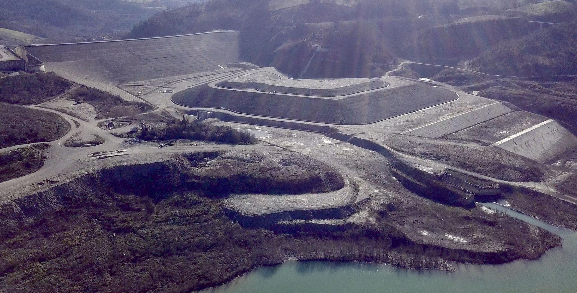 Opere di stabilizzazione e messa in sicurezza del versante destro dell'invaso e del manufatto di presa della Diga di Casanuova sul fiume Chiascio